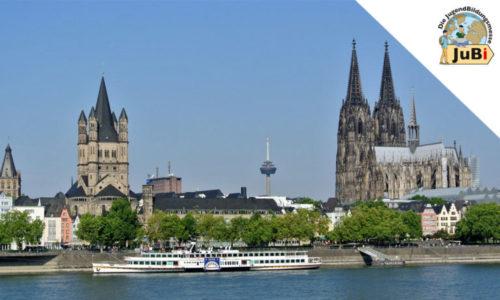 Kölner Dom und Rheinpromenade