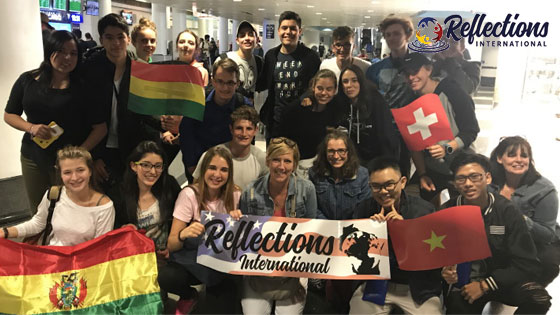 Gruppe Austauschschüler Ankunft