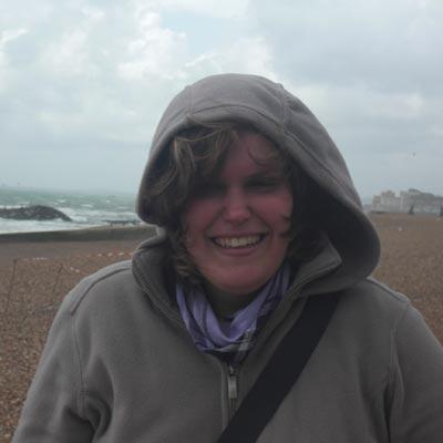 weltweiser · Am windigen Strand in Brighton