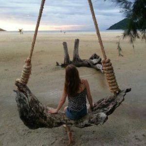 Schaukel am Strand in Thailand
