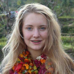 Schülerin in Nepal