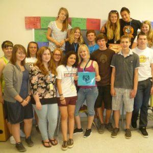Gruppenbild von Schülern einer High School