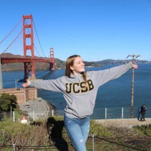 Jugendliche an der Golden Gate Bridge