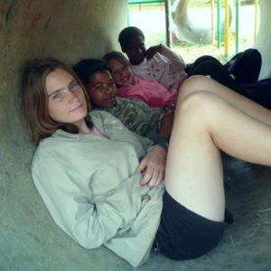 Freiwillige im Kinderheim in Südafrika