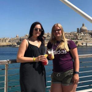 Jugendliche in Malta